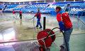 Заливка льда во дворе,  катка,  на стадионах,  в ледовых комплексах.